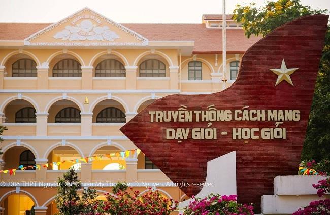 Trường Nguyễn Đình Chiểu